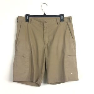 NikeGolf Dri-Fit Men's tan khaki shorts Sz M